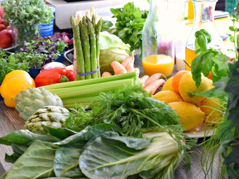 Gesunde-Ernährung-gemüse-obst-bild