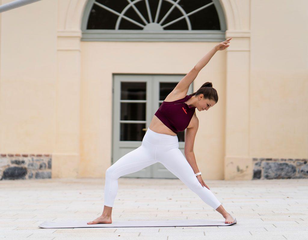 Klara Fuchs Yoga-Pose